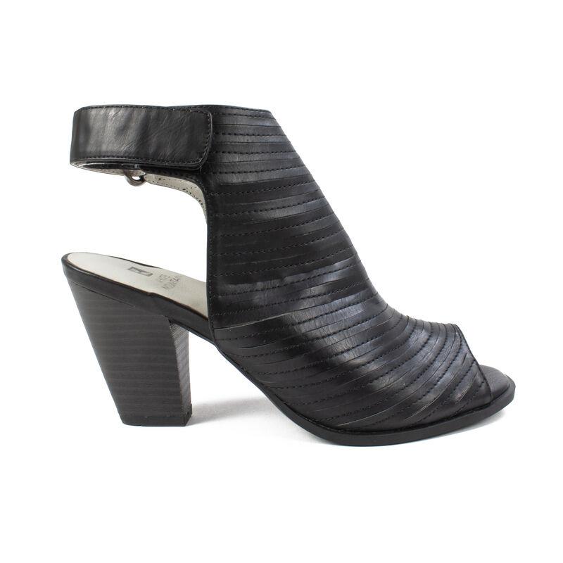 Women's White Mountain Phoenix Dress Shoes