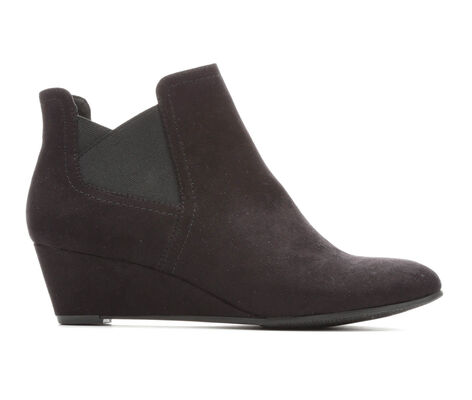 Women's Solanz Gail Wedge Chelsea Boots