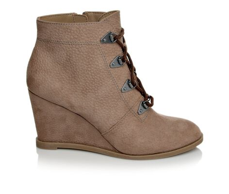 Women's Unlisted Simply Bold Hiking Boots