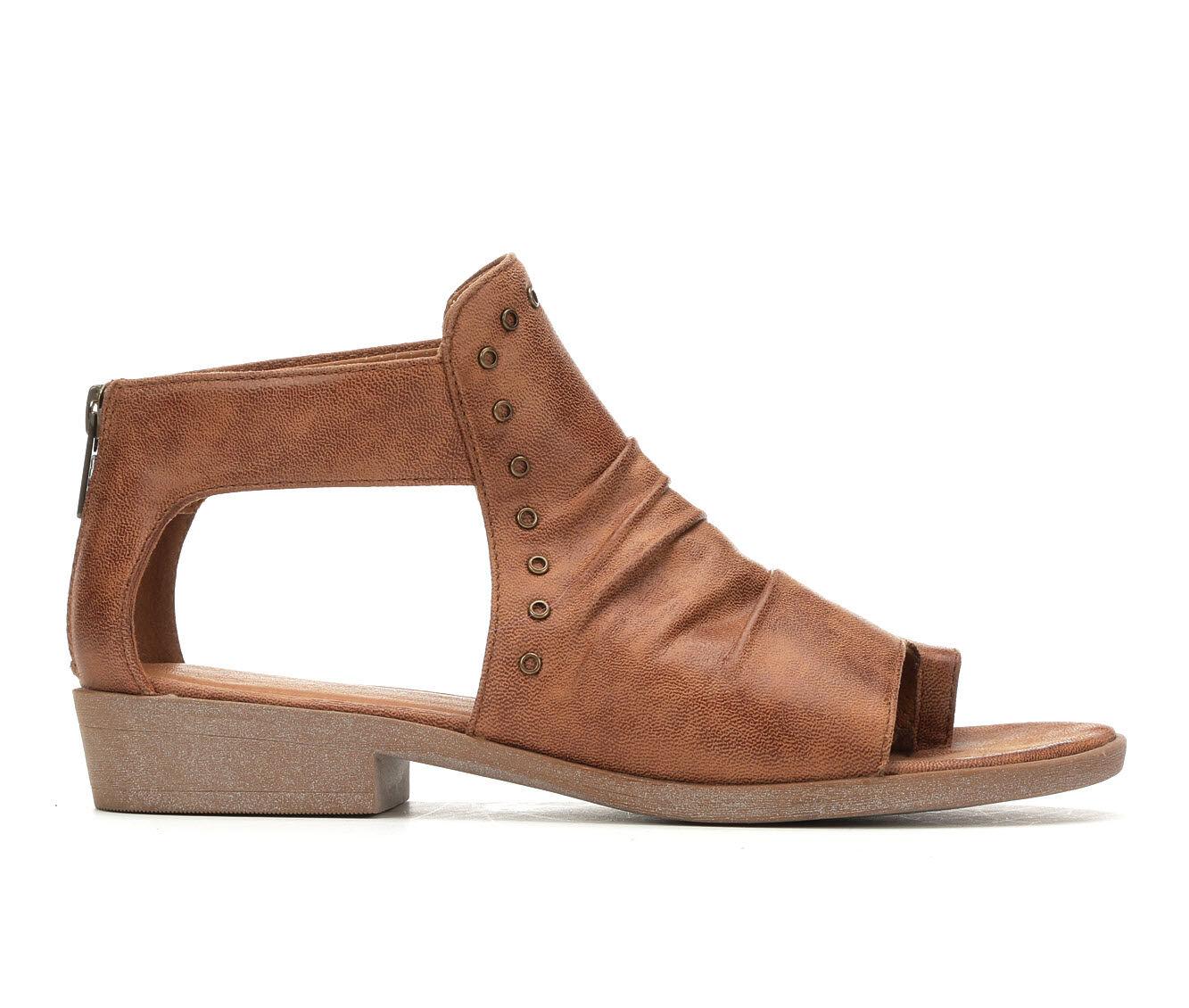 Women's Baretraps Sarena Sandals Auburn