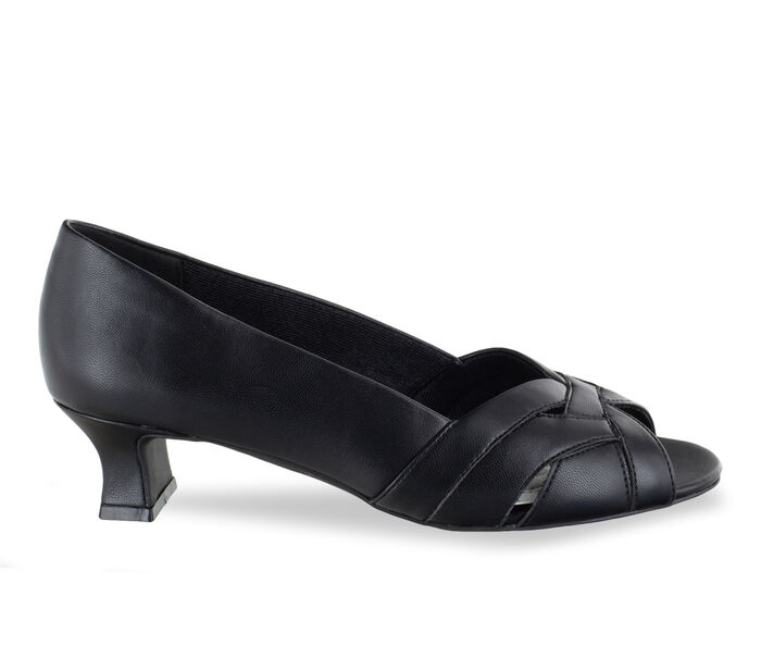 Women's Easy Street Brandy Pumps
