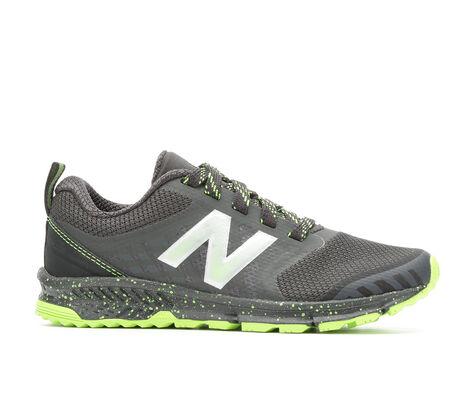 Boys' New Balance Ktntrbay 10.5-7 Running Shoes
