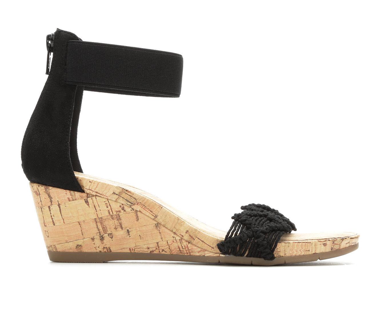 Women's Vintage 7 Eight Kristen Wedge Sandals Black