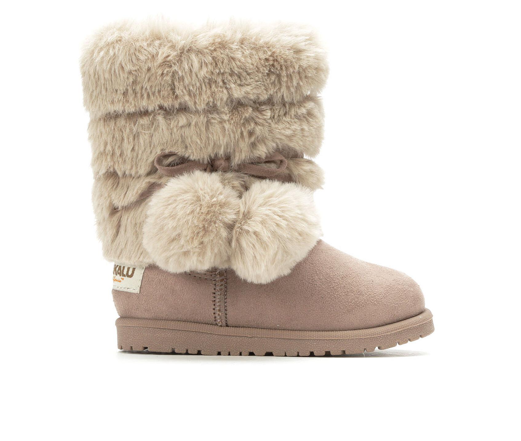 fur boots girls