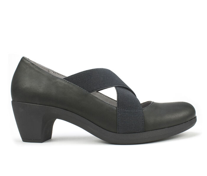 Women's Cliffs Anna Pumps