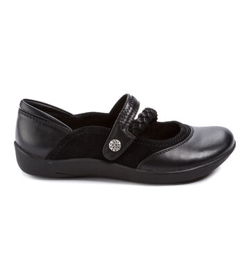 Women's BareTraps Nafila Casual Shoes