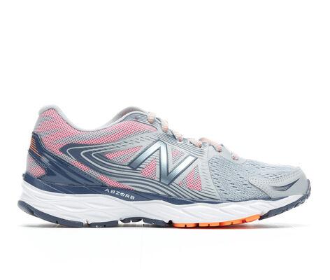 Women's New Balance W680v4 Running Shoes