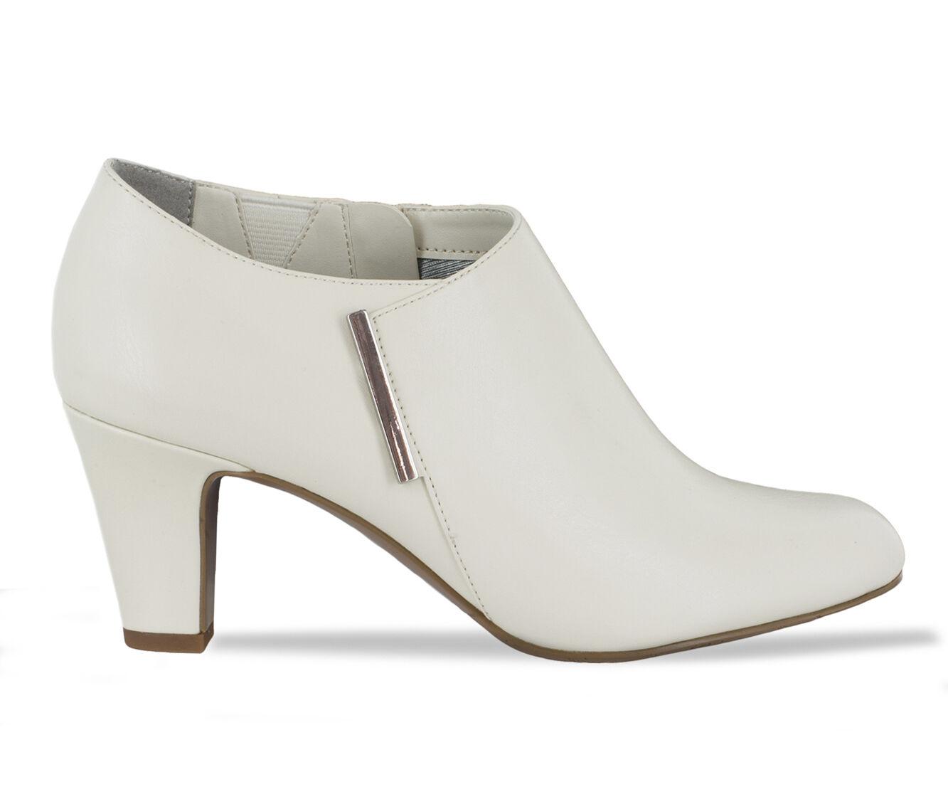 Wholesale Cheap Women's Easy Street Zandra Booties Winter White