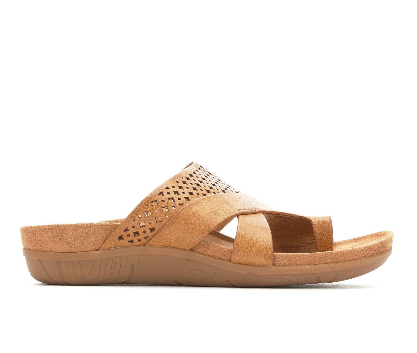 Women's Baretraps Jensin Sandals Auburn