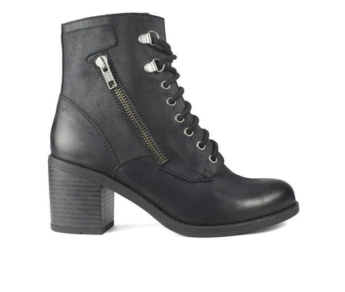 Women's White Mountain Dorian Lace-Up Boots