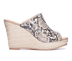 Women's Cl By Laundry Billions Platform Wedges