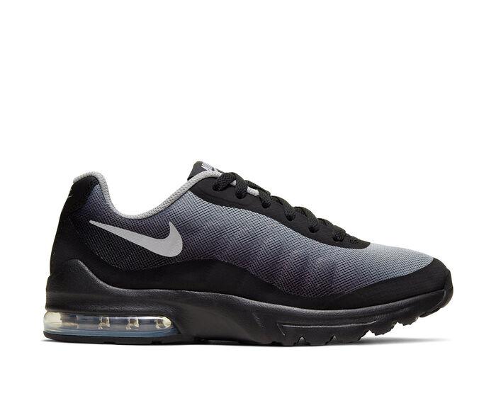 Boys' Nike Big Kid Invigor Athletic Sneakers