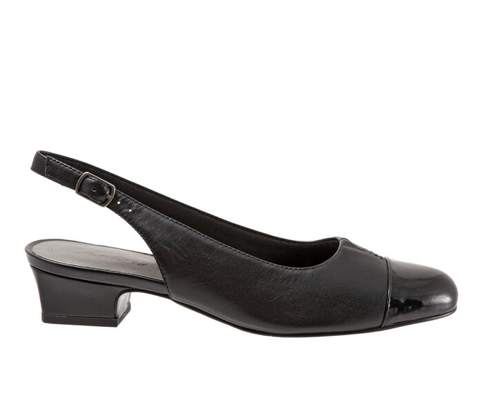 Women's Trotters Dea Pumps