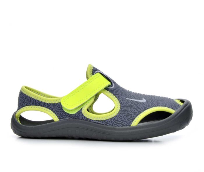 Boys' Nike Sunray Protect 17 11-3 Water Shoes