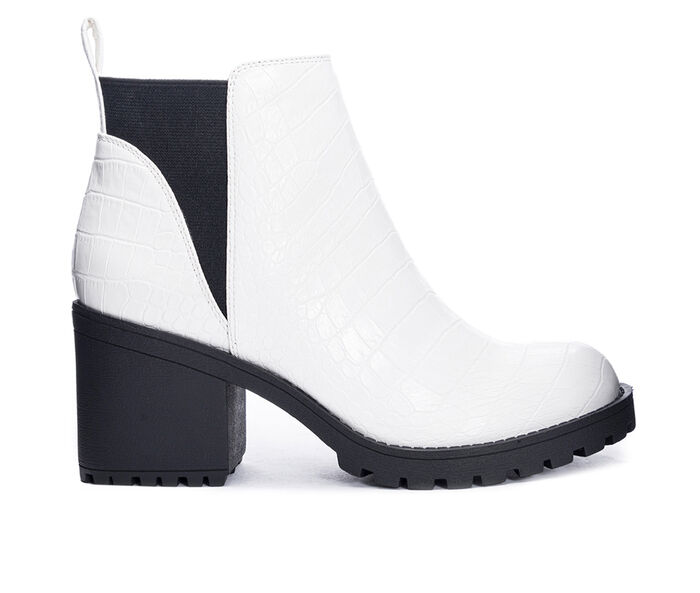 Women's Dirty Laundry Lido Lugged Chelsea Boots