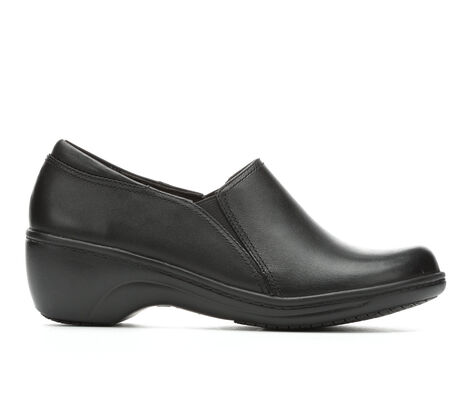 Women's Clarks Grasp Chime Slip-Resistant Shoes