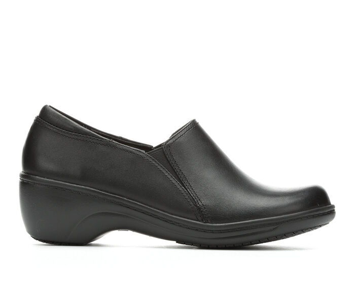 Women's Clarks Grasp Chime Slip-Resistant Shoes