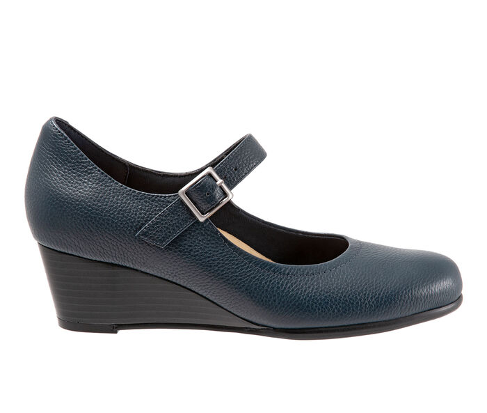 Women's Trotters Willow Wedges