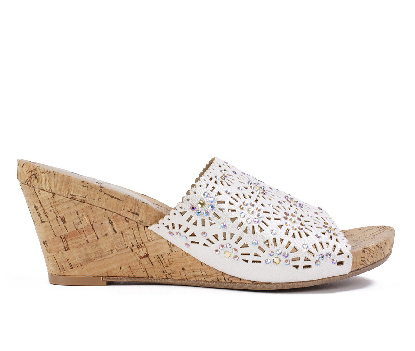 choose new arrivals Women's White Mountain Adira Wedges Silver