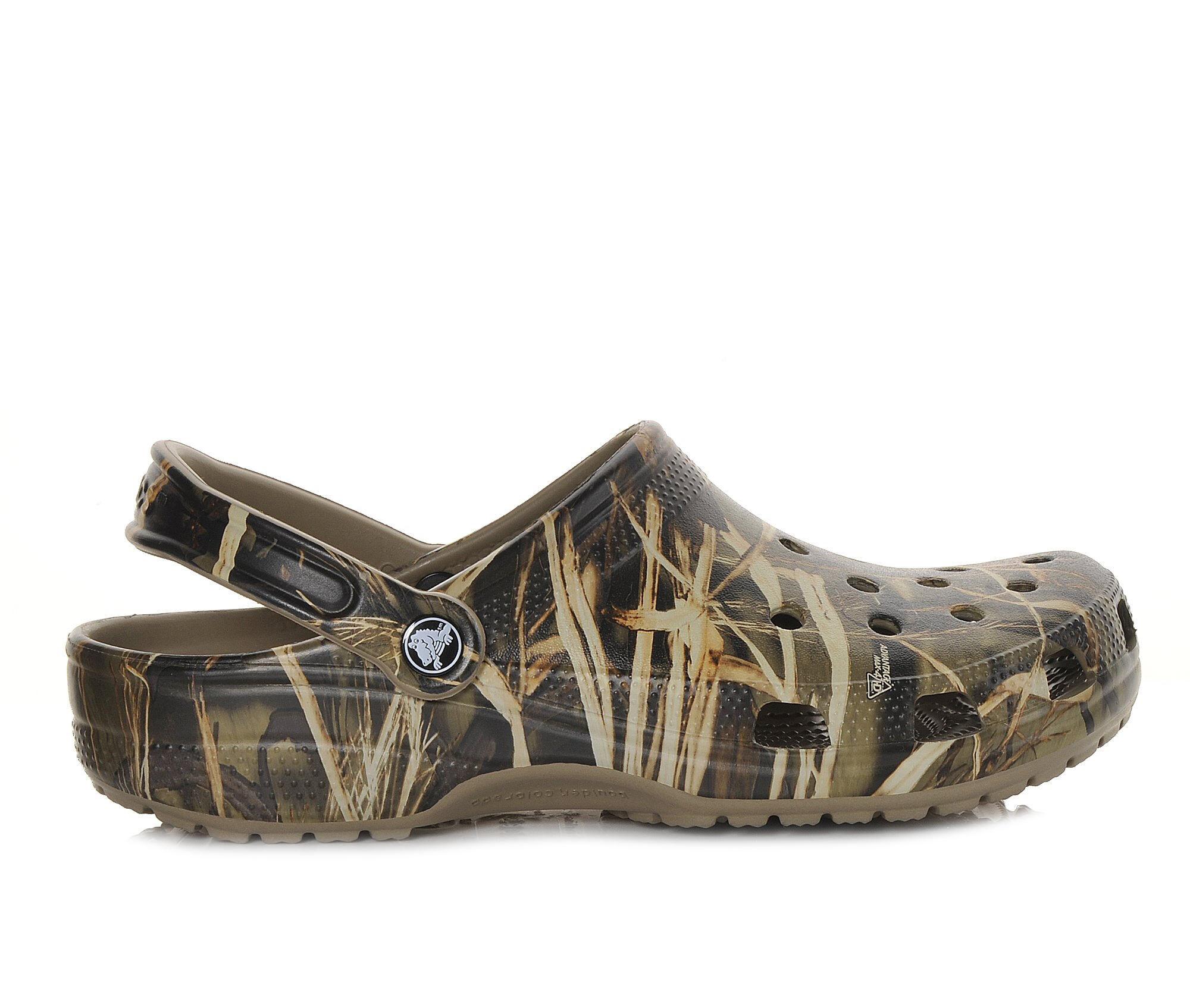Men's Crocs Classic Realtree Clogs Khaki
