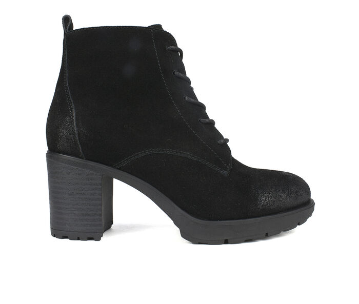 Women's White Mountain Gilman Lace-Up Booties