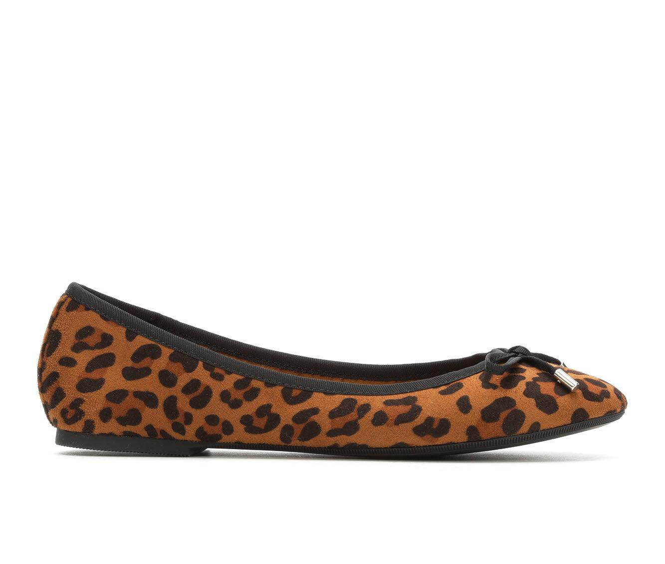 Women's No Parking Larsah Flats Leopard