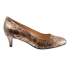 Women's Trotters Fab Pumps