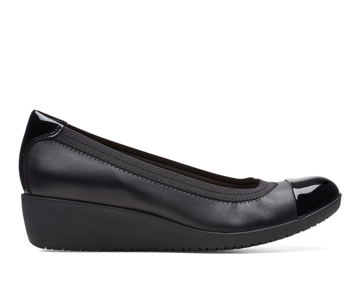 Women's Clarks Elin Palm Shoes