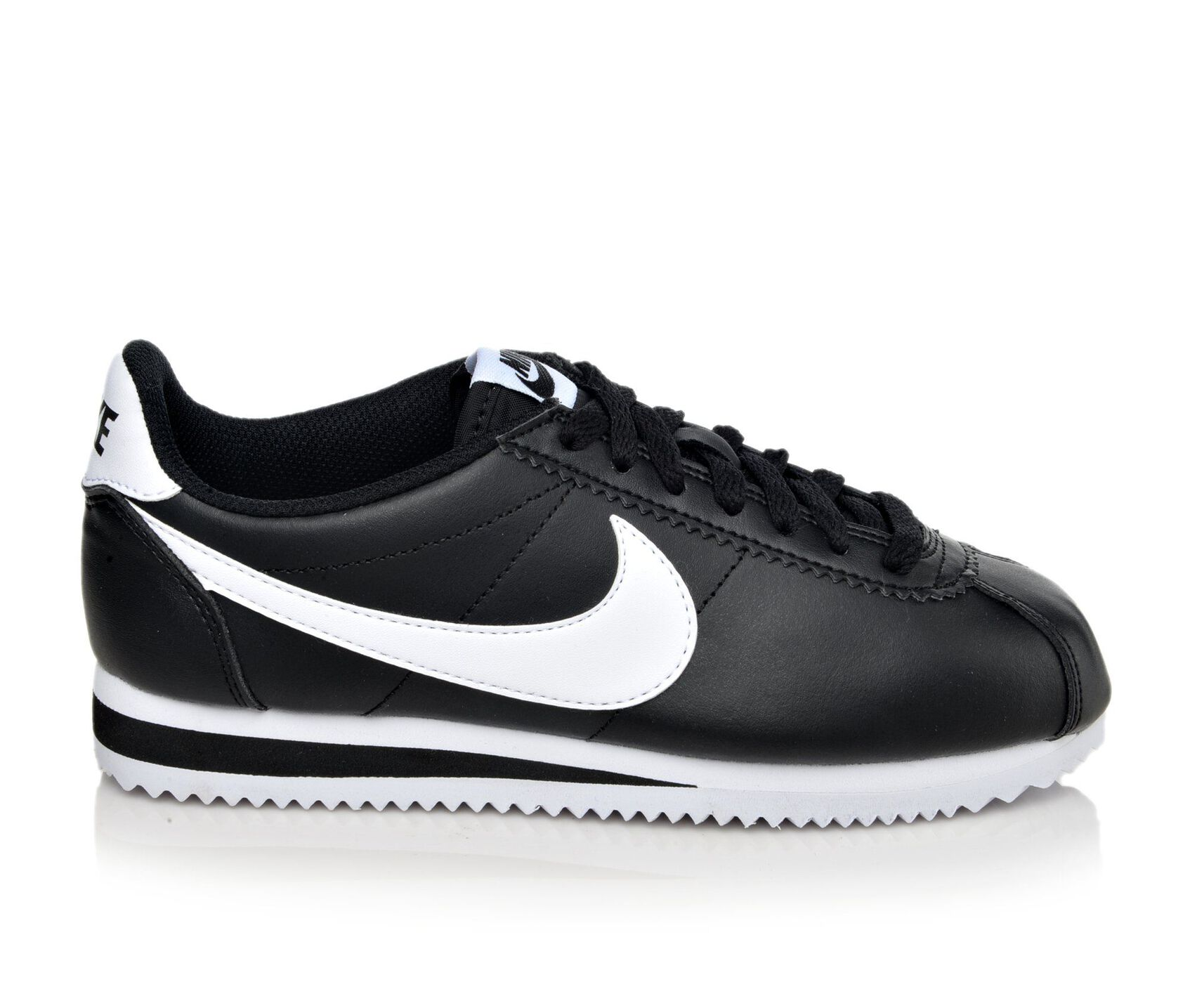 online store d6334 77988 Women's Nike Classic Cortez Leather Sneakers