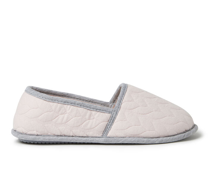 Dearfoams Mary Cable Quilt Closed Back