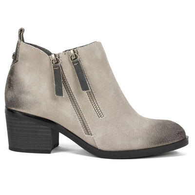 Women's White Mountain Sienna Booties