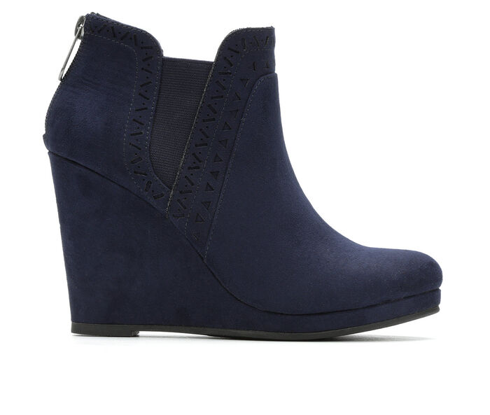 Women's Daisy Fuentes Romance Booties