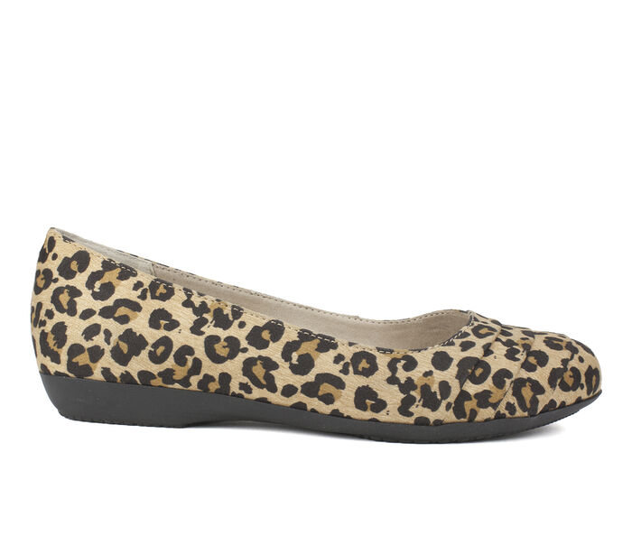 Women's Cliffs Clara Flats