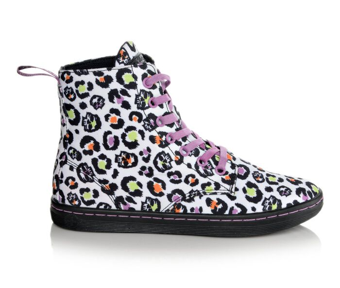 Women's Dr. Martens Hackney Casual Shoes