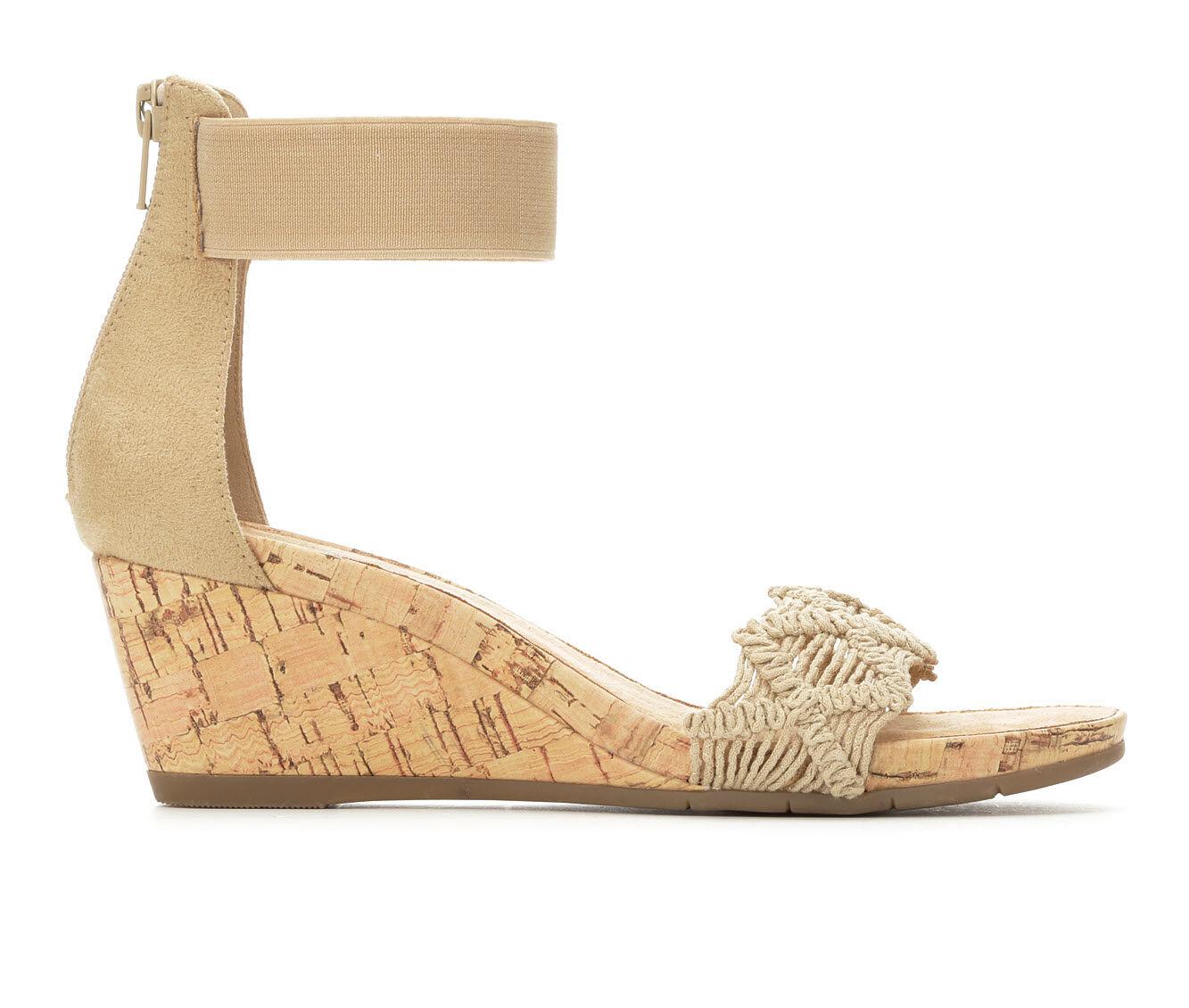 Women's Vintage 7 Eight Kristen Wedge Sandals Natural
