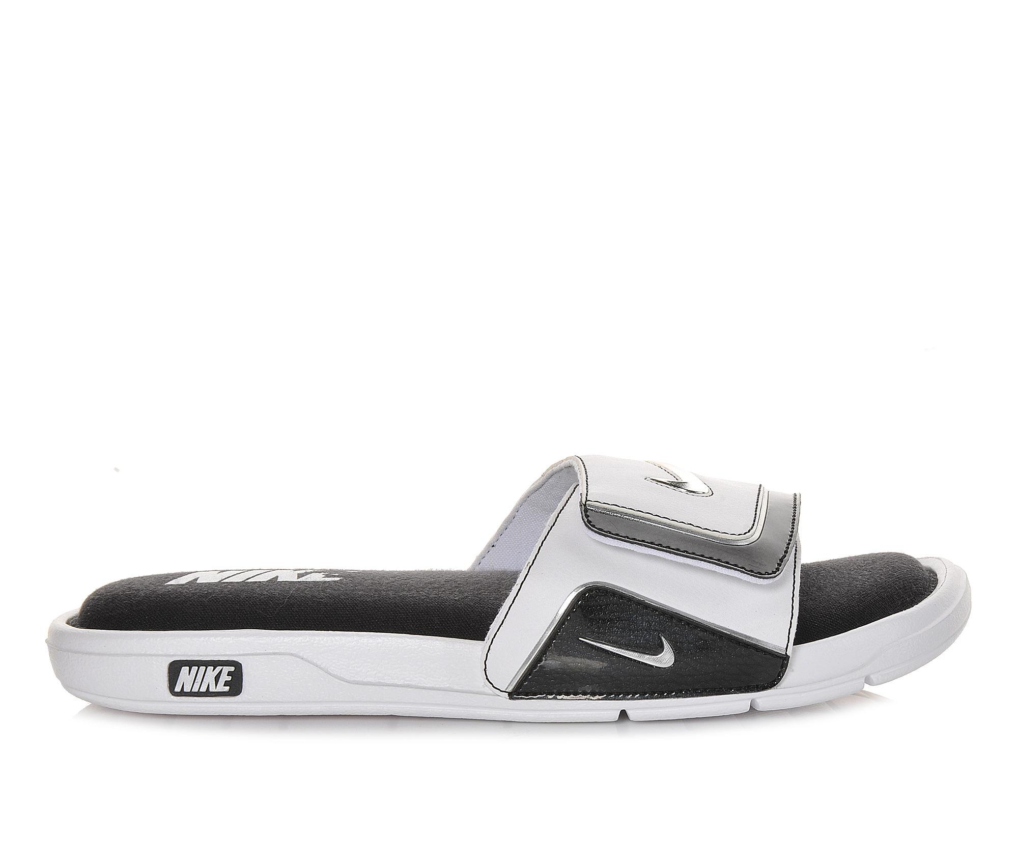 Men's Nike Comfort Slide 2 Soccer Slides (White - Size 6) 1225145