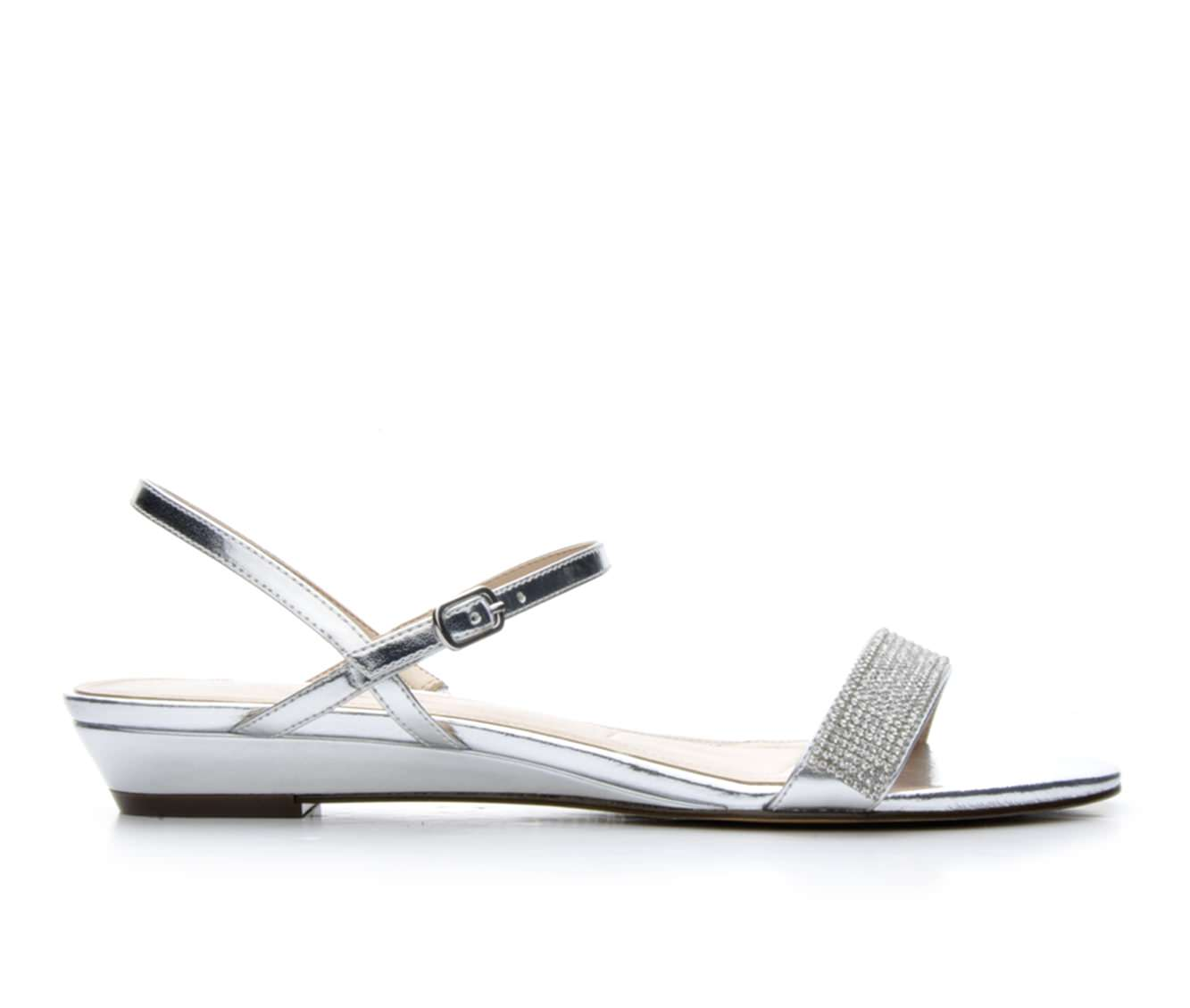 Women's Touch Of Nina Kendal Sandals (Silver)