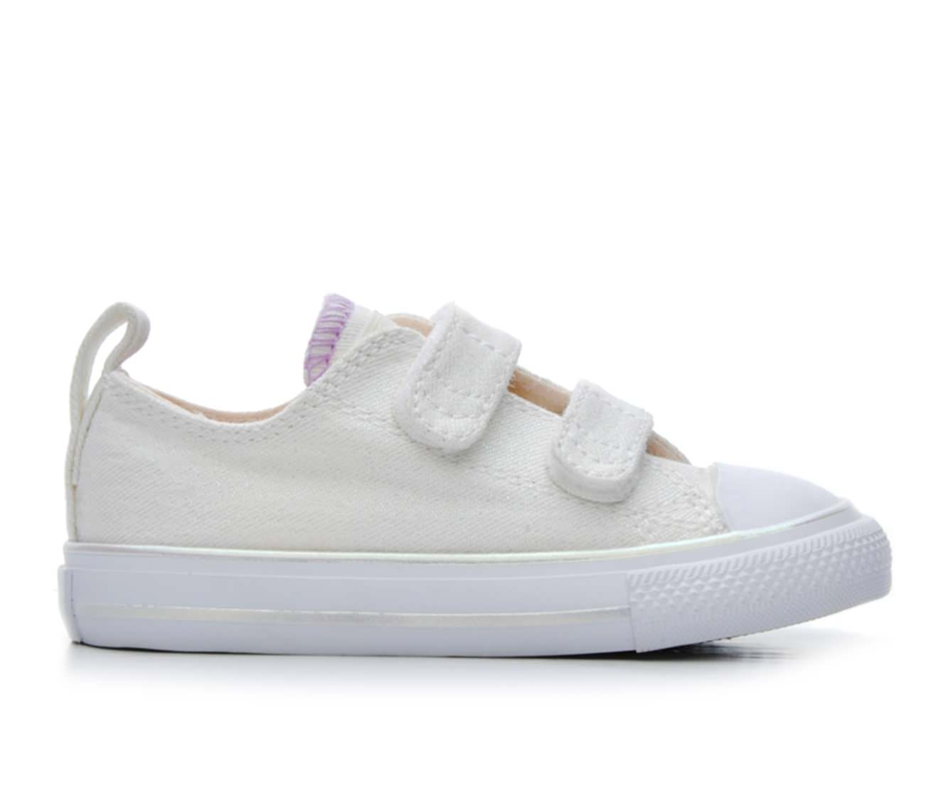 Girls' Converse Infant Chuck Taylor All Star 2V Ox Sneakers (White)
