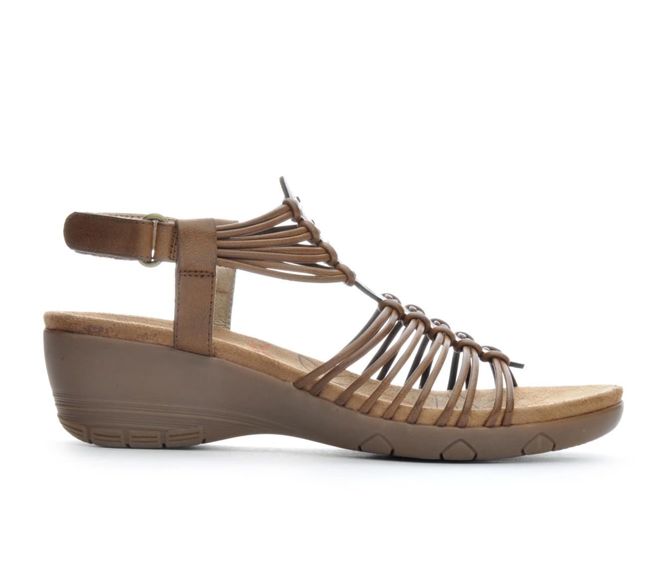 Women's BareTraps Haydin Wedge Sandals (Brown)