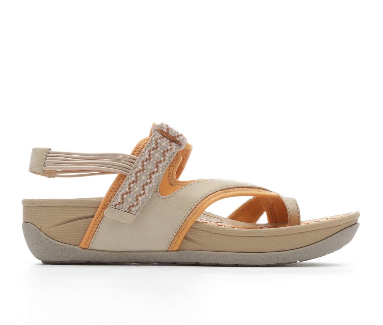Women's BareTraps Danique Sandals (Beige)