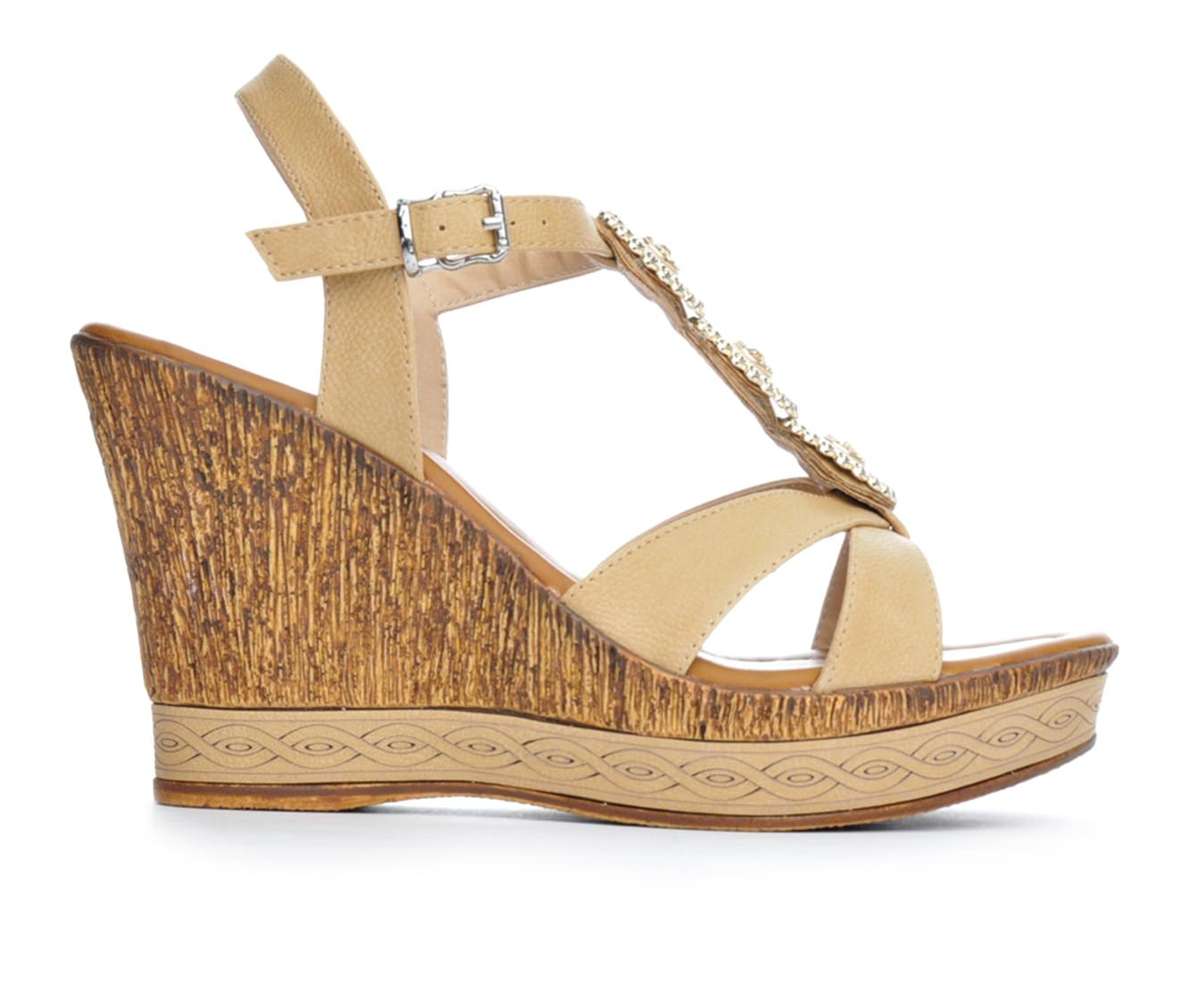Women's Patrizia Satrada Wedge Sandals (Beige)