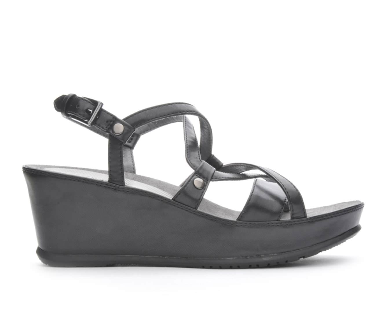 Women's BareTraps Lotti Sandals (Black)