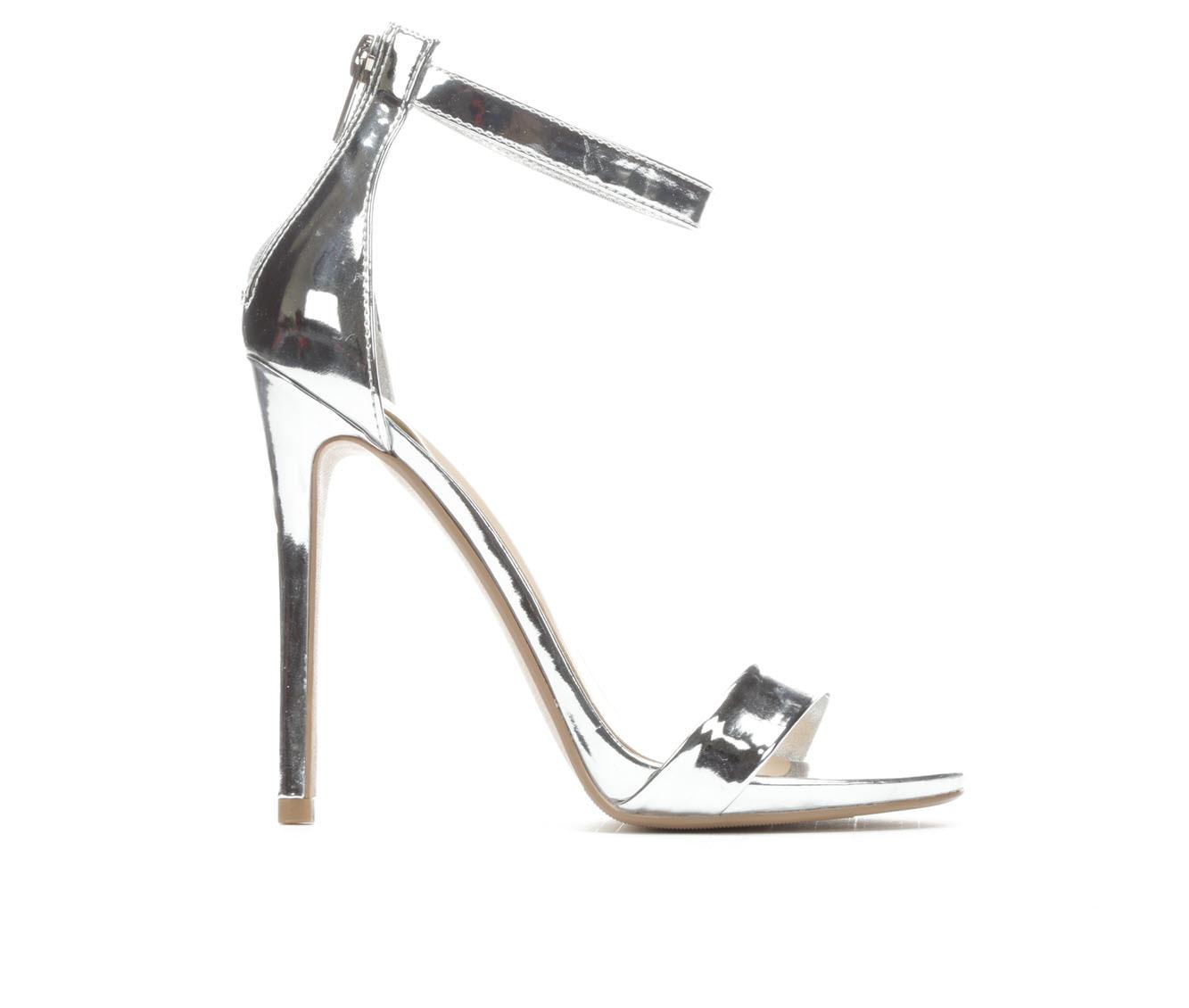 Women's Delicious Kismet Sandals (Silver)