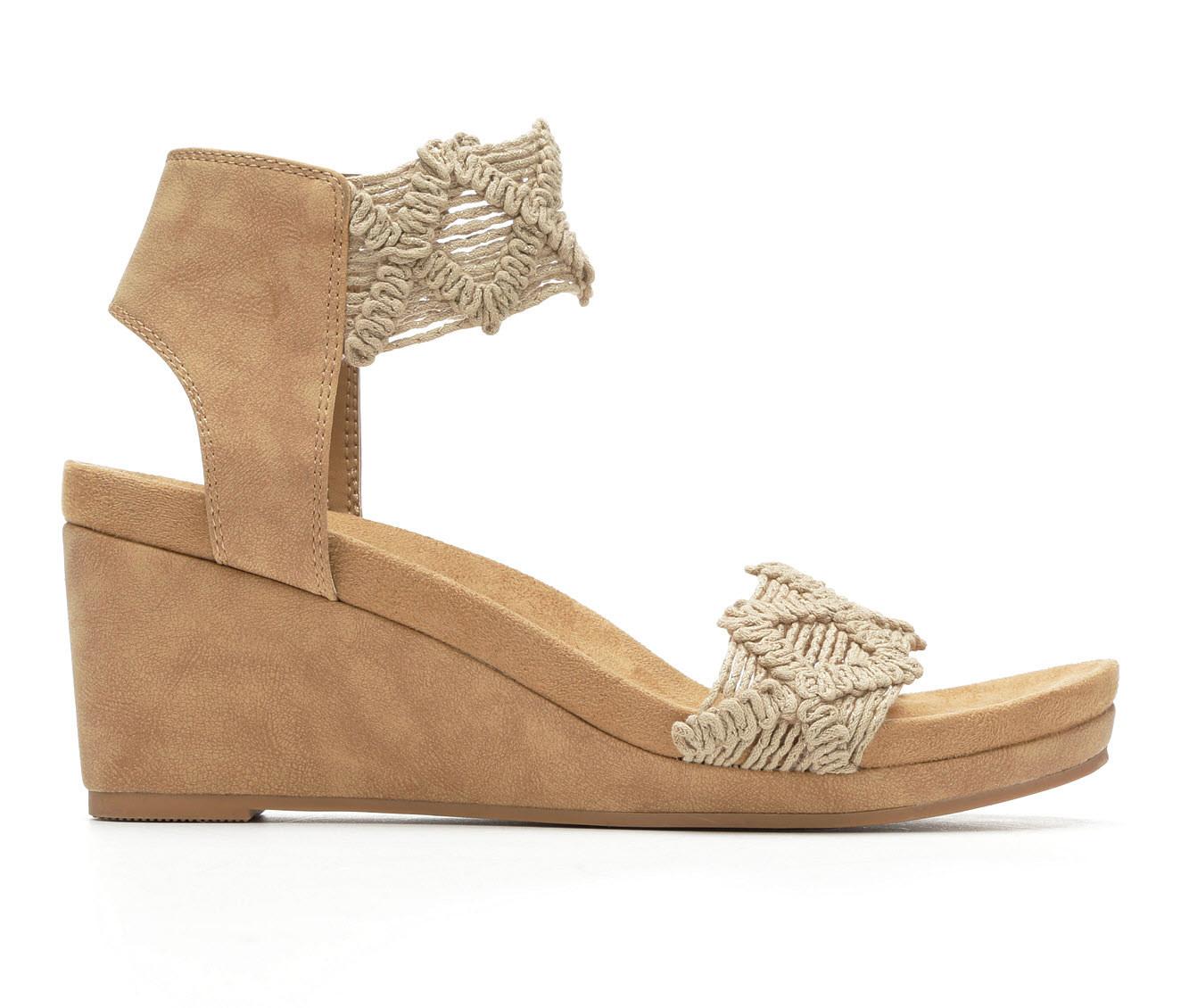 Women's Vintage 7 Eight Keran Sandals (Beige)