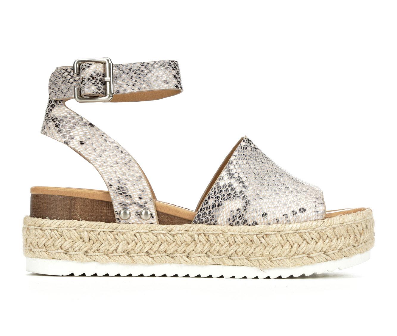 Unr8ed Topic Women's Sandal (Beige Faux Leather)