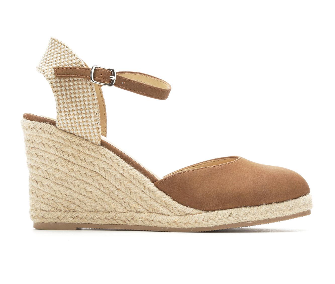 Solanz Libby Women's Dress Shoe (Brown Faux Leather)