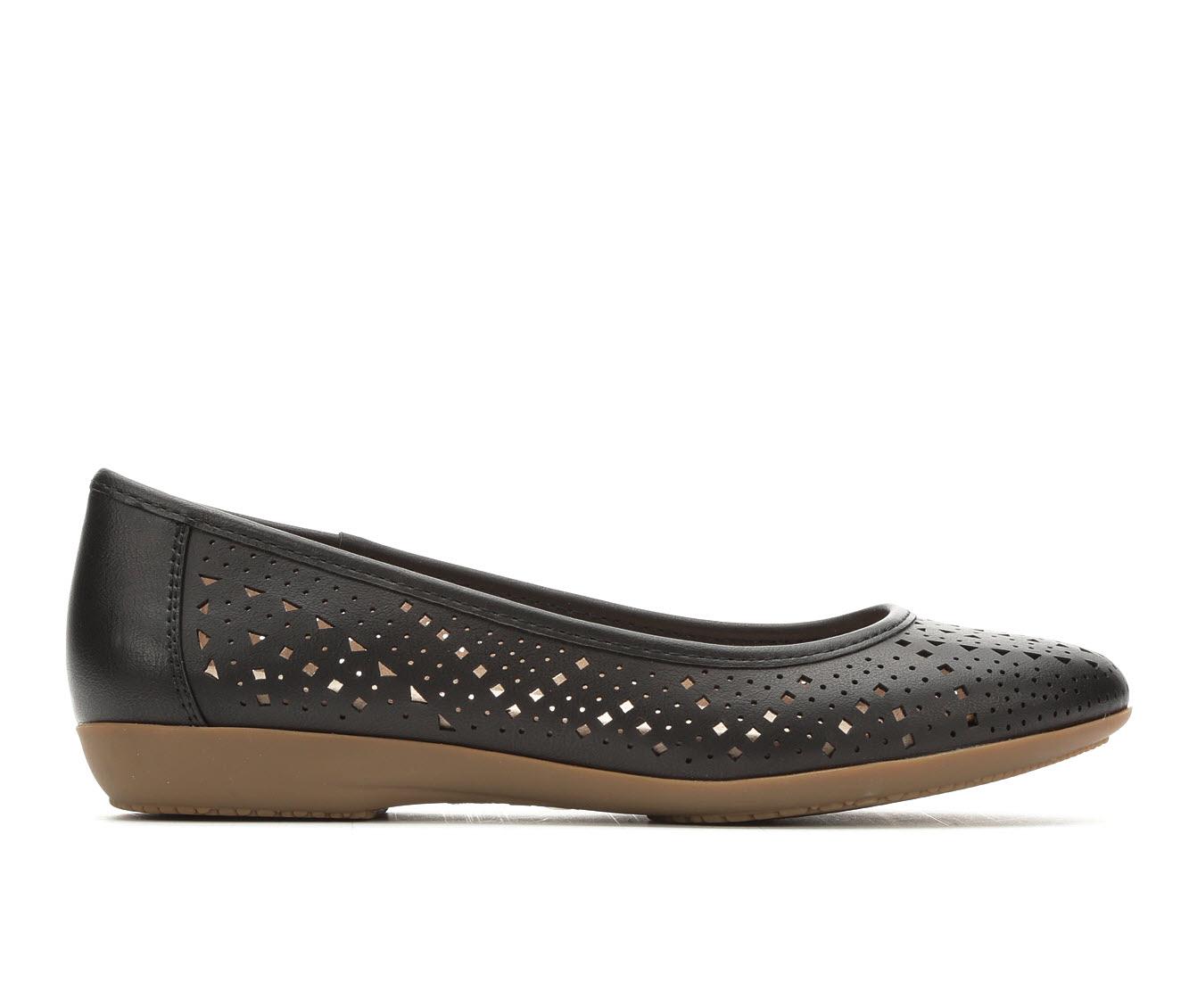 Vintage 7 Eight Claire Women's Shoe (Black Faux Leather)