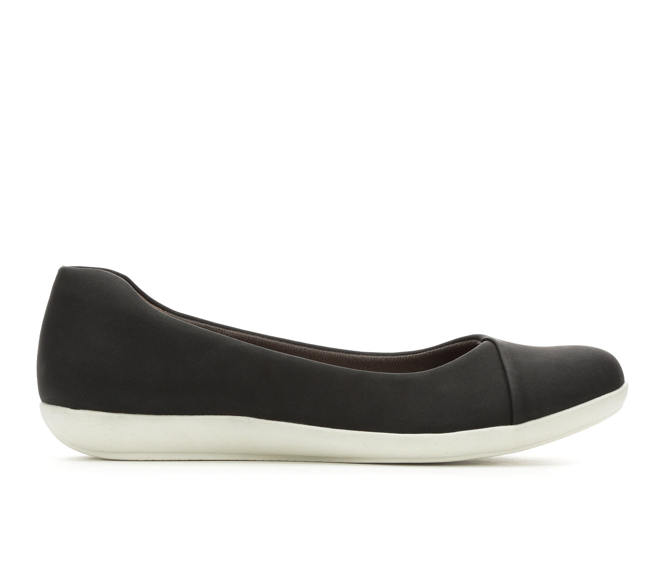EuroSoft Manila Women's Shoe (Black Faux Leather)