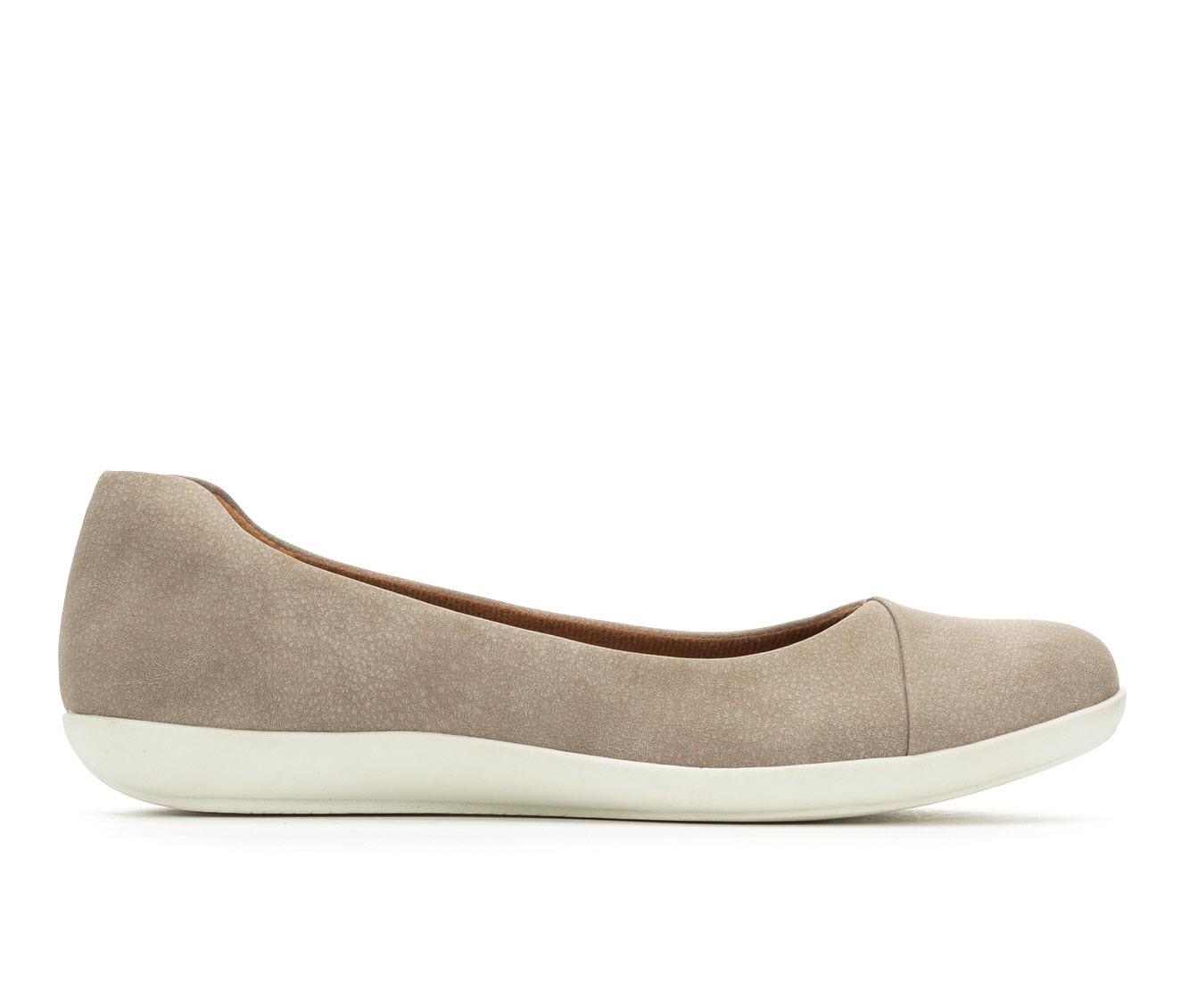 EuroSoft Manila Women's Shoe (Gray Faux Leather)