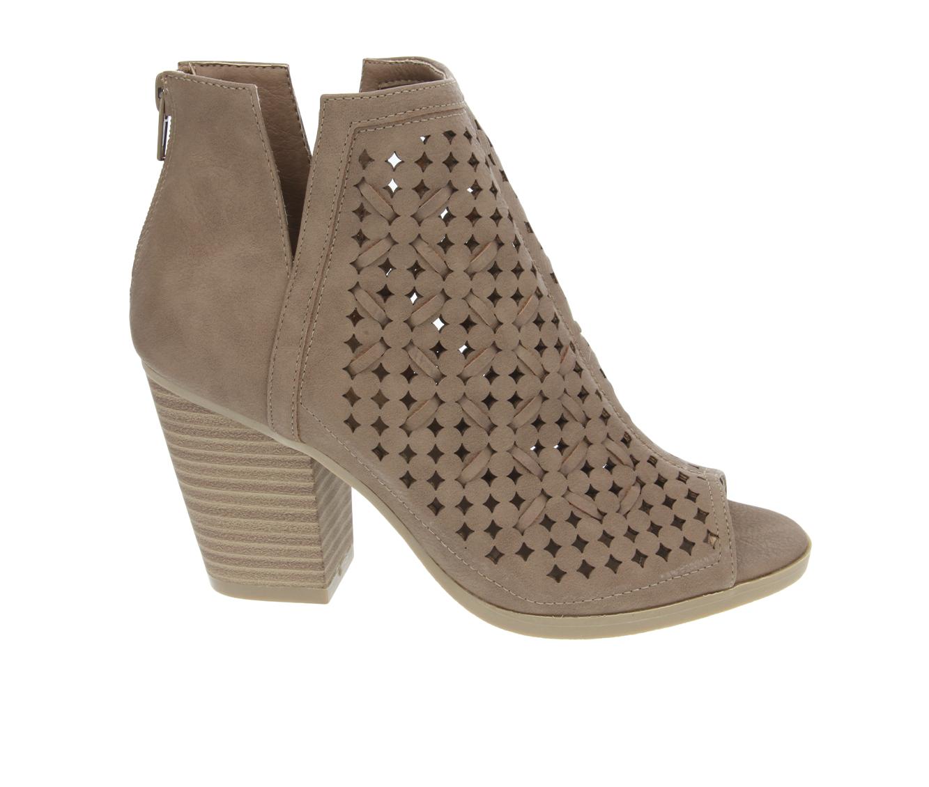 Sugar Vael 3 Women's Boot (Beige Faux Leather)